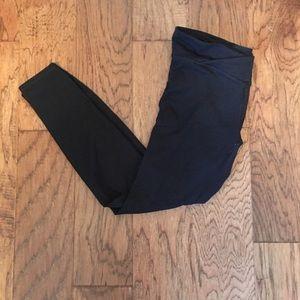 SMALL Fabletics Full-length Black Legging